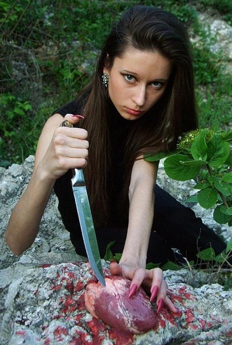 knifeinmyheart