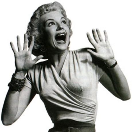 MONDAYscreaming-classic-horror-movie-blonde