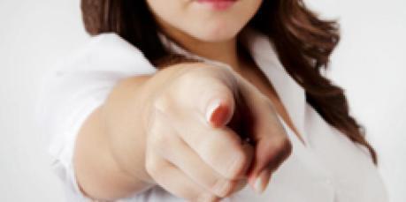 pointingfinger_Handmaiden