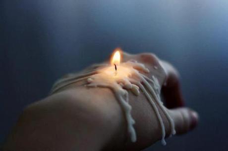 candleonhand