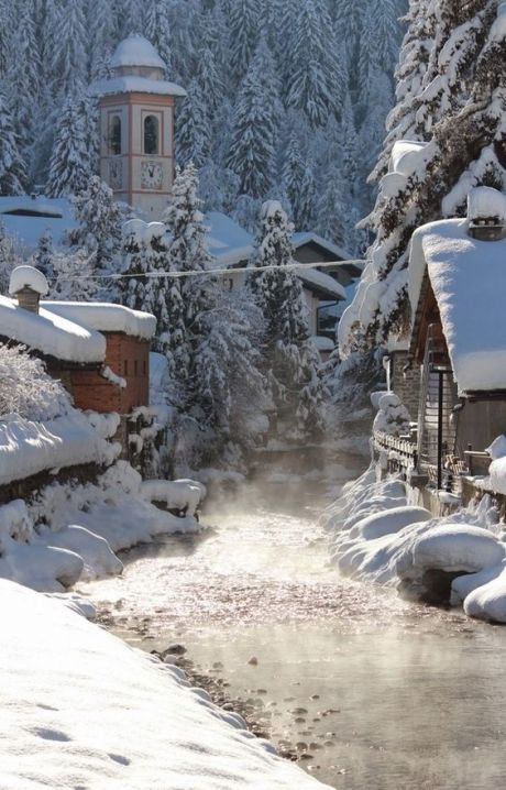 snow-on-houses