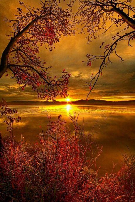 sun-over-lake